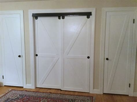 remodelaholic    bypass closet doors