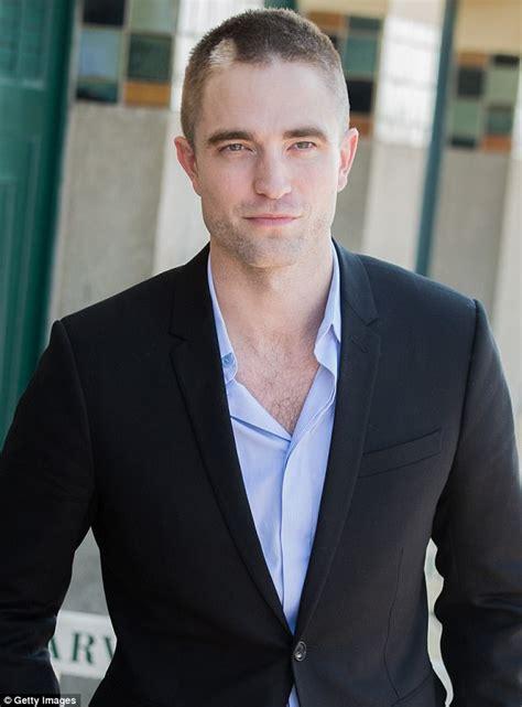 Robert Pattinson's buzzcut matches Kristen Stewart's crop ...