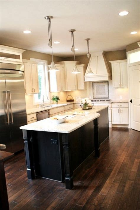 layout kitchen cabinets 33 best images about island white cabinets on 3688