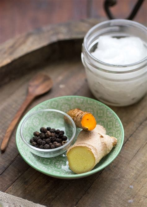 utilisation du curcuma en cuisine recette lait d 39 or golden boisson au curcuma