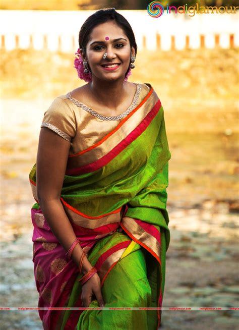 actress lakshmi priya facebook lakshmi priya actress photo gallery