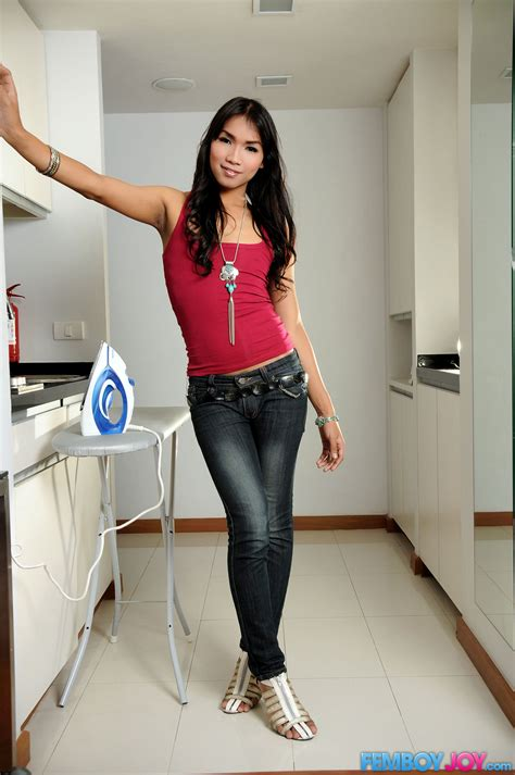 Who Doesnt Want To Have A Hot Young T Girl Around The Hous