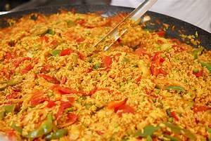 Vegetarian and Vegan Spanish Paella Recipe