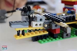 31 BRICKS 4 KIDZ LEGO Workshops Programs Holiday