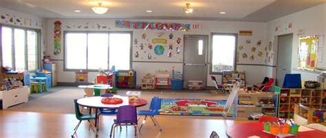 daycare and preschool crestmont calagry 878   crestmont daycare inside