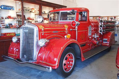 1939 Ward LaFrance Fire Engine 1 | Photographed at the USA ...