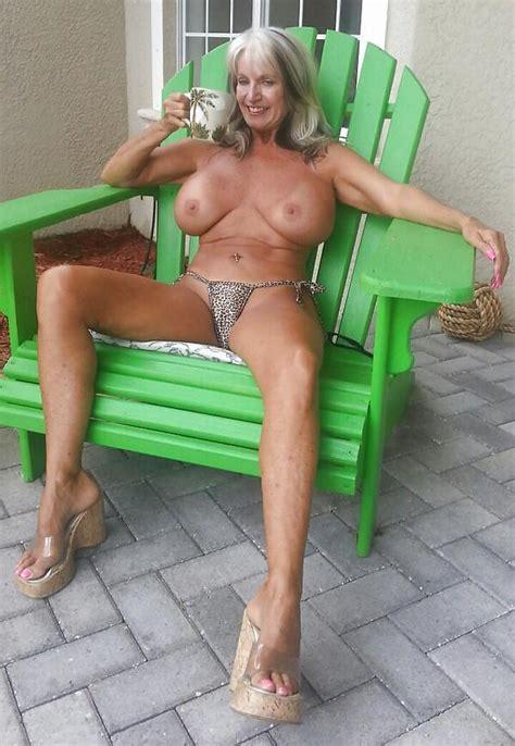 Mature Porn Photos Granny Legs Sally D