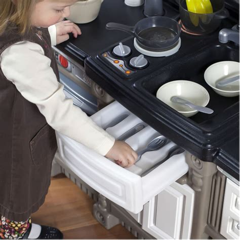 step 2 lifestyle kitchen accessories lifestyle kitchen play kitchen step2 9433