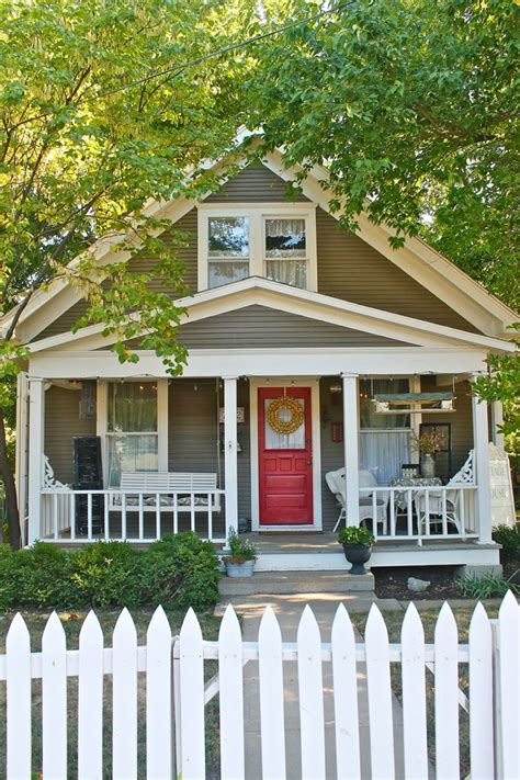 25 best ideas about cottage exterior on