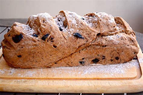 Një recet për bukë greke me ullinj | Juda.al