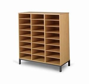 Meuble Rangement Case : meuble casier 24 cases mobilier maternelle mobilier scolaire ~ Teatrodelosmanantiales.com Idées de Décoration
