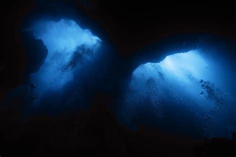 Deep Sea Hd Wallpaper Yun Free Stock Photos No 1317 Looking Up From An Abyss Republic Of Palau Palau