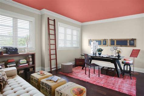 peindre un plafond en couleur comment peindre un plafond pour r 233 nover int 233 rieur 15 id 233 es fra 238 ches