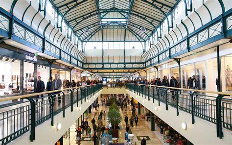 centre commercial une explosion de nouveaux services