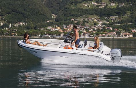 Busse Lake Boat Rental by Rent A Boat Ranieri Open Line Voyager On Lake Como