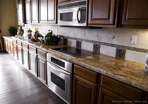 Backsplash Goes Black Cabinets-home Design Inside