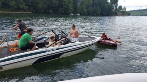 Used Fish And Ski Boats With Outboard Motors by 1996 Javelin Fish And Ski Boat Johnson 225hp Venom