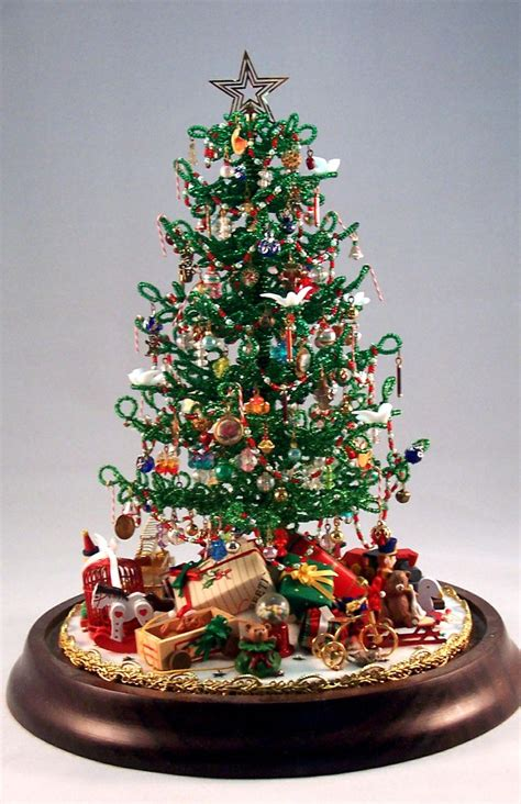 beaded miniature christmas tree holiday ideas pinterest