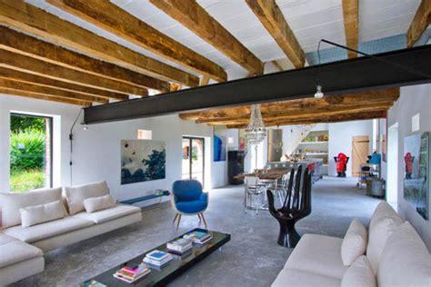 pole barn home interiors un 39 audace conversione bucolica da fienile a loft moderno