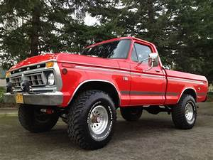 1976 Ford F150 4x4 Short Box Highboy 390 V8