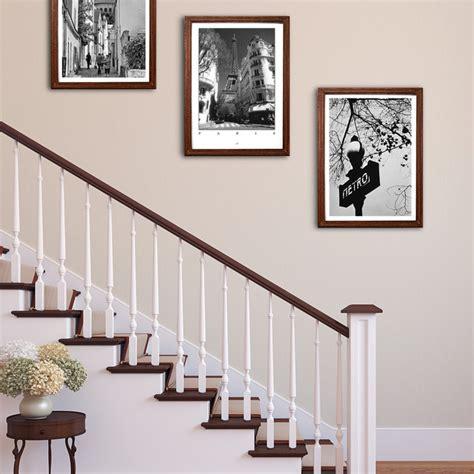 bilder treppenhaus gestalten bilder aufhängen im treppenaufgang landhausstil wohnbereich other metro posterlounge