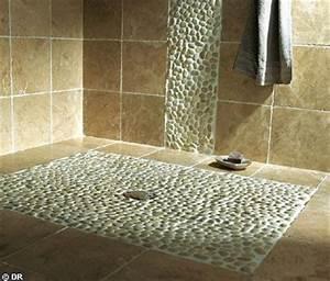 Salle de bain italienne mosaique teck ou galet for Salle de bain design avec résine décorative pour sol