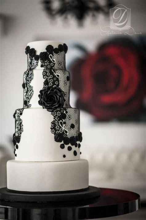amazing black  white wedding cakes deer pearl