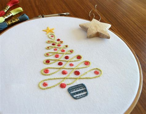 25+ Christmas Hand Embroidery Patterns