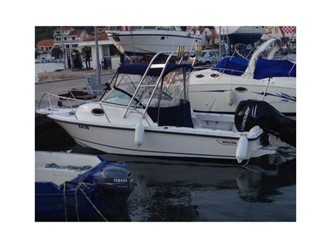 Boston Whaler Speed Boat by Boston Whaler 205 Conquest In Italy Speedboats Used