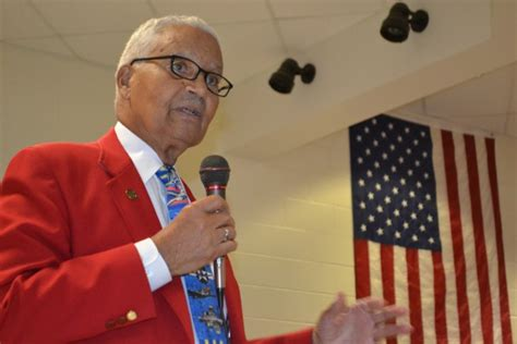 year tuskegee airman visits isd students independence school