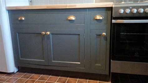 cabinet door finishing racks best paint for mdf cabinet doors everdayentropy com