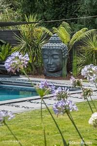 Zen piscine et bouddha caronpiscines garden pinterest for Jardin zen conseils deco astuces idees pratiques 1 jardin zen japonnais