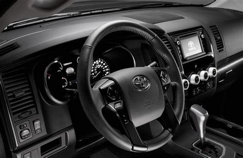 toyota runner interior volume  towing capacity