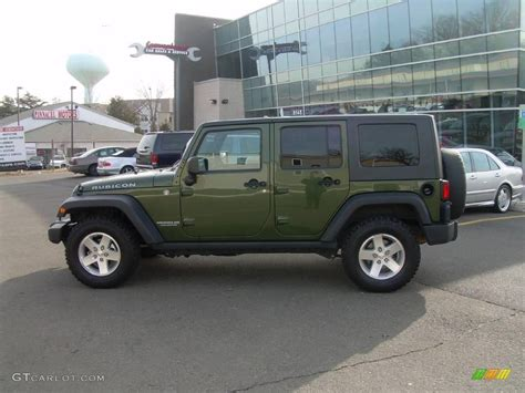dark green jeep 2008 jeep green metallic jeep wrangler unlimited rubicon