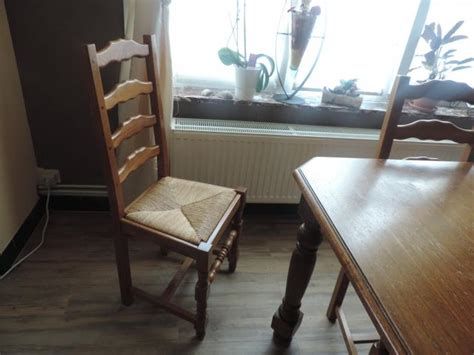 table de salle a manger a vendre a vendre table de salle 224 manger et 6 chaises p 233 ruwelz 7600