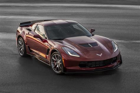 2016 Chevrolet Corvette Stingray And Z06 Gain Three Design