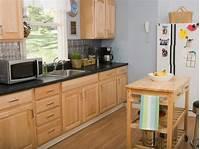 oak kitchen cabinets Oak Kitchen Cabinets: Pictures, Options, Tips & Ideas | HGTV