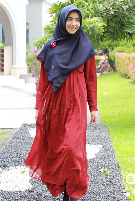 brand brand hijab terkenal  indonesia jilbab flow idea