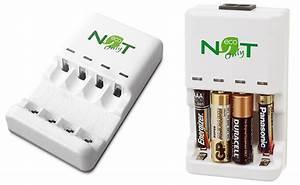 Ladegerät Für Normale Batterien : batterien statt wegwerfen mehrmals laden und benutzen dank dem noe ladeger t ~ Eleganceandgraceweddings.com Haus und Dekorationen