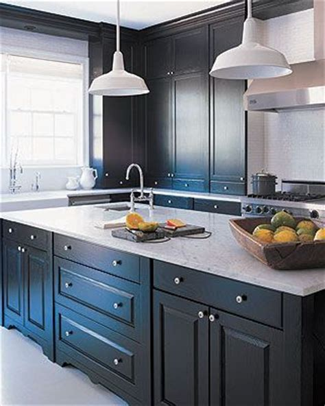 benjamin paint kitchen cabinets 12 beautiful gray kitchen cabinets interiors by color 7636