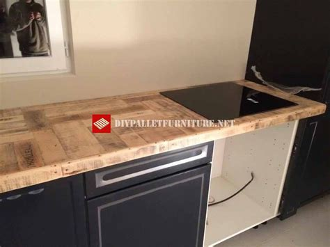 cuisine en palette cuisine recouverte avec palettesmeuble en palette meuble