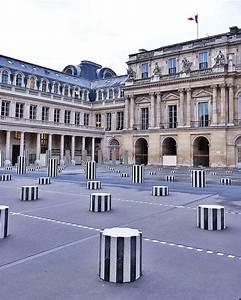 Architecture Neo Classique : palais royal et les colonnes de buren paris paris ~ Melissatoandfro.com Idées de Décoration