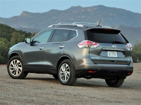 Used 2014 Nissan Rogue Sl Suv Features Specs Edmunds