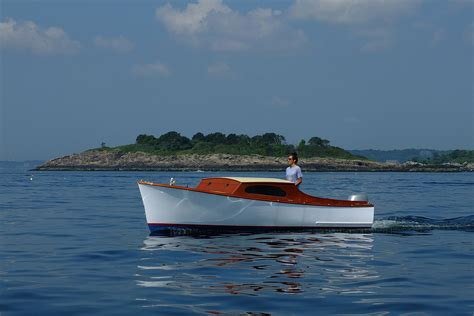 Skiff Boat Small by Sam Crocker S Small Outboard Skiff Small Boats Monthly