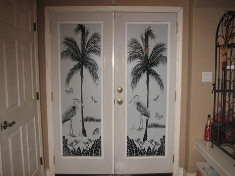 tropical door scene herons cove  wallpaper
