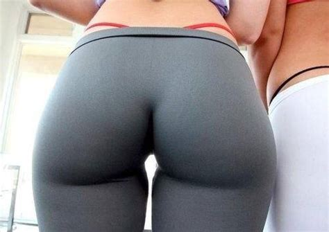 pictures  hot girls wearing yoga pants