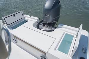 Masters 207 Bay Boat