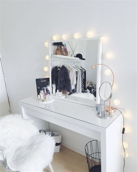 25 best ideas about makeup tables on pinterest makeup