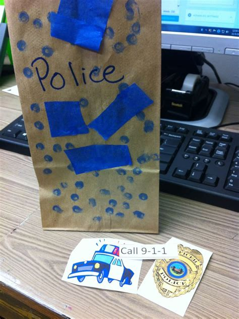 officers craft and story time lesson plan 616   e5ef9793705225a9e6fe0cec256c1963 police officer crafts national police