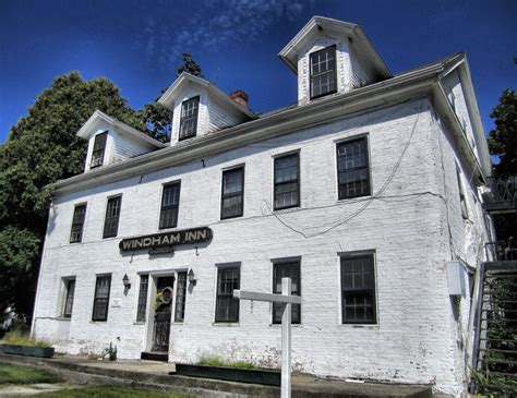 Haunted House Ct - haunted places in ct branford house tenant school